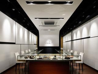 藤村デザインスタジオ / FUJIMURA DESIGIN STUDIO Salas multimedia de estilo moderno Madera Blanco