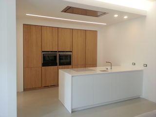 Formarredo Due design 1967 Minimalistische Küchen Weiß