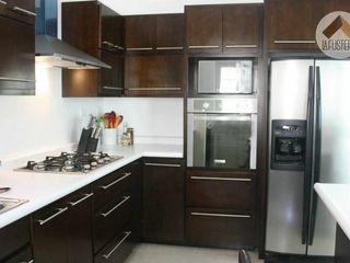 La Fustería - Carpinteros KitchenStorage Kayu Wood effect