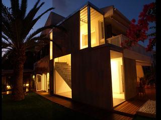 ADECUACION DE VIVIENDA EN CABO DE PALOS Joaquin Fernandez Castro Casas de estilo moderno Granito Gris