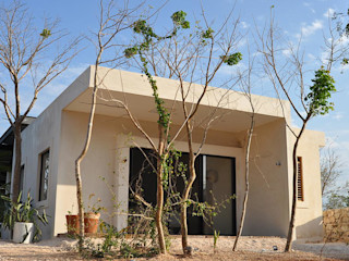 Degetau Arquitectura y Diseño Case in stile tropicale Fibre naturali Beige