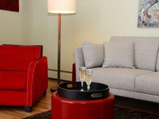 DemianStagingDesign Salones de estilo moderno