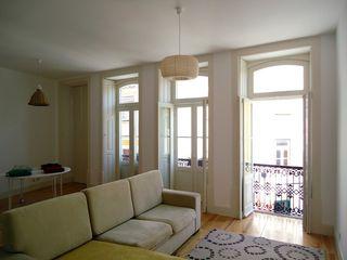 Apartment Quebra-costas COLECTIVO arquitectos Вітальня