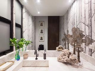 WRKSHP arquitectura/urbanismo Ванная комната в стиле модерн Мрамор Белый