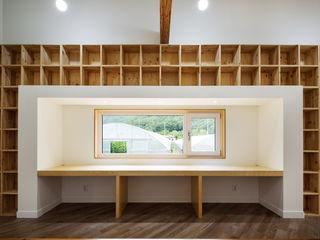 B.U.S Architecture Modern living room