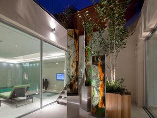 The House on Hampstead Heath Folio Design モダンスタイルの 玄関&廊下&階段
