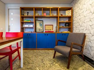 Apartamento para jovem casal. Enzo Sobocinski Arquitetura & Interiores Salas de jantar modernas Granito Azul