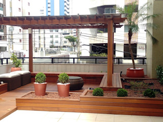 Atelier Plural Modern Terrace Solid Wood