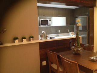 Studio HG Arquitetura Modern kitchen