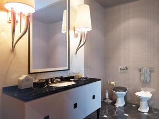 Apartment in Moscow KAPRANDESIGN Ванная в классическом стиле Плитка Белый