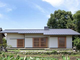山道勉建築 Rumah Gaya Skandinavia Kayu White
