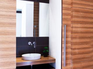 Casa de Família, Restelo Spacemakers Casas de banho modernas