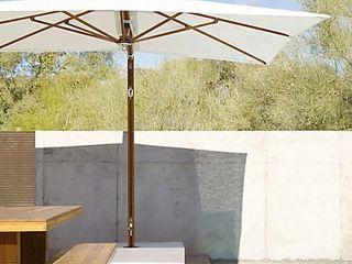 Mesa y Banca KAYU Design Within Reach Mexico Balcones y terrazasMobiliario Madera