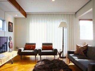 TOKYO STANDARD HOUSE HOUSETRAD CO.,LTD モダンデザインの リビング