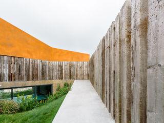 Casa Varatojo Atelier Data Lda Jardins modernos