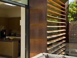 Newton Road House, Westbourne Grove Nash Baker Architects Ltd 모던스타일 발코니, 베란다 & 테라스