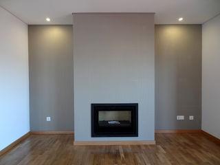Happy Ideas At Home - Arquitetura e Remodelação de Interiores Salones de estilo moderno Cerámico Gris