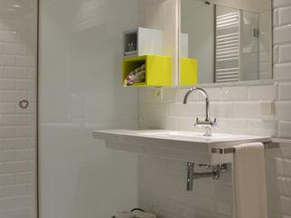 hotel Tarongeta Cadaques ruiz narvaiza associats sl Hoteles de estilo moderno