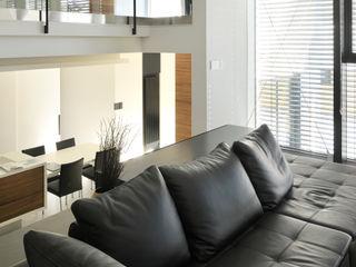株式会社 Atelier-D Living roomCupboards & sideboards Leather Black