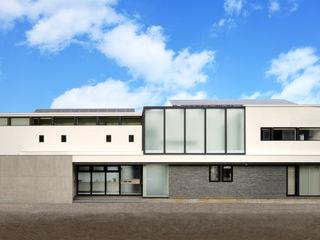 株式会社 Atelier-D Modern houses Black
