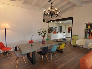RISTRUTTURAZIONE EDIFICIO ANNI 50 MBA MARCELLA BRUGNOLI ARCHITETTO Sala da pranzo moderna