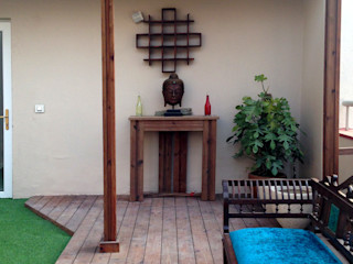 Studio Earthbox Classic style balcony, porch & terrace