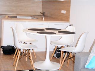 ZIZI STUDIO Magdalena Latos Modern Kitchen