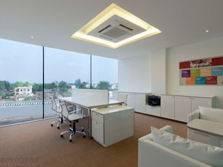 Prabu Shankar Photography Studio moderno