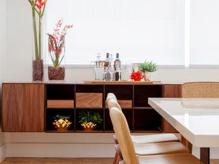 Helô Marques Associados Salas de jantar ecléticas