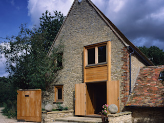 Barn Conversion KSR Architects Rustic style house Stone