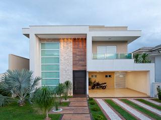 Livia Martins Arquitetura e Interiores Minimalist houses