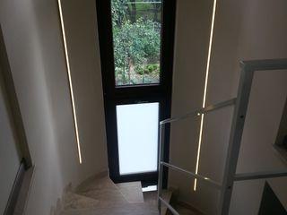 ArchitetturaTerapia® 現代風玄關、走廊與階梯 石器