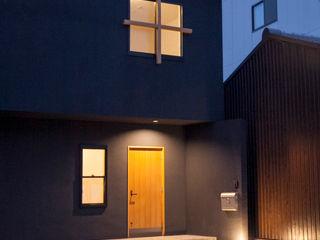 村松英和デザイン Eclectic style houses