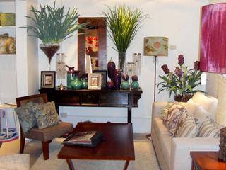 MUEBLES Y SILLONES DISEÑO VIVO Living roomSide tables & trays