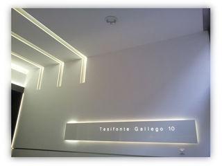 Portal tesifonte torradoarquitectura Koridor & Tangga Modern