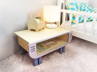 Banana Yolk Nursery/kid's roomDesks & chairs