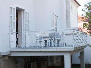 ShiStudio Interior Design Eclectic style schools