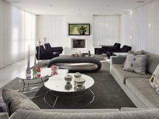 Fernanda Andrade Arquitetura e Interiores Living roomTV stands & cabinets