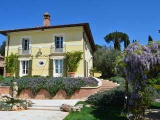 Studio Zaroli Casas de estilo clásico