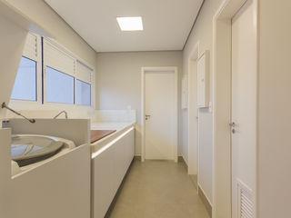 Apartamento para Chef de Cozinha Enzo Sobocinski Arquitetura & Interiores Cozinhas modernas MDF Branco