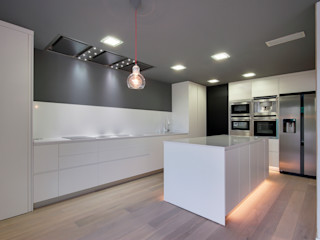 OAK 2000 Cocinas de estilo moderno