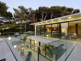 frederique Legon Pyra architecte Balcones y terrazas de estilo moderno