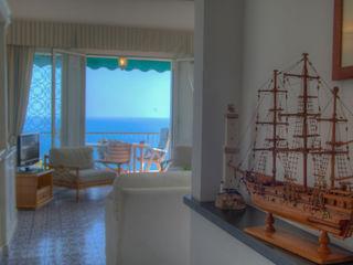 House Emilio Rescigno - Fotografia Immobiliare Ingresso, Corridoio & Scale in stile mediterraneo
