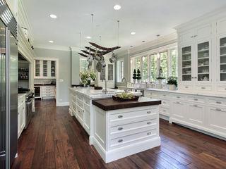 Piwko-Bespoke Fitted Furniture 廚房收納櫃與書櫃 刨花板 White