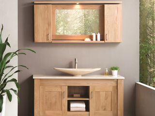 Stonearth - Oak Stonearth Interiors Ltd Scandinavian style bathroom Solid Wood