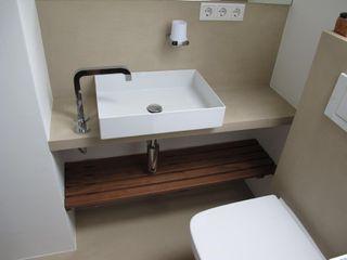 Bad im Betonlook Farbpunkt Sobert & Ierardi GbR Moderne Arbeitszimmer