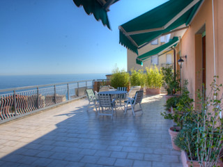House Emilio Rescigno - Fotografia Immobiliare Balcone, Veranda & TerrazzoPiante & Fiori