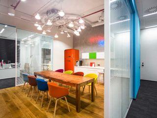 INSPACE Edificios de oficinas