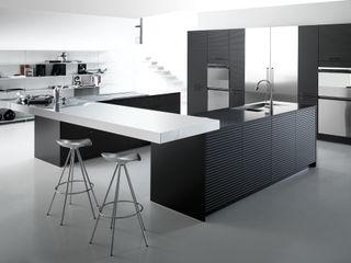 Avantgarde 2 ARCE FLORIDA Cocinas de estilo moderno Madera Negro