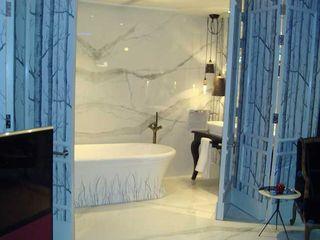Harrods Luxury Hotel Suite Featuring Porcel-Thin Tiles Porcel-Thin BathroomDecoration Porcelain White